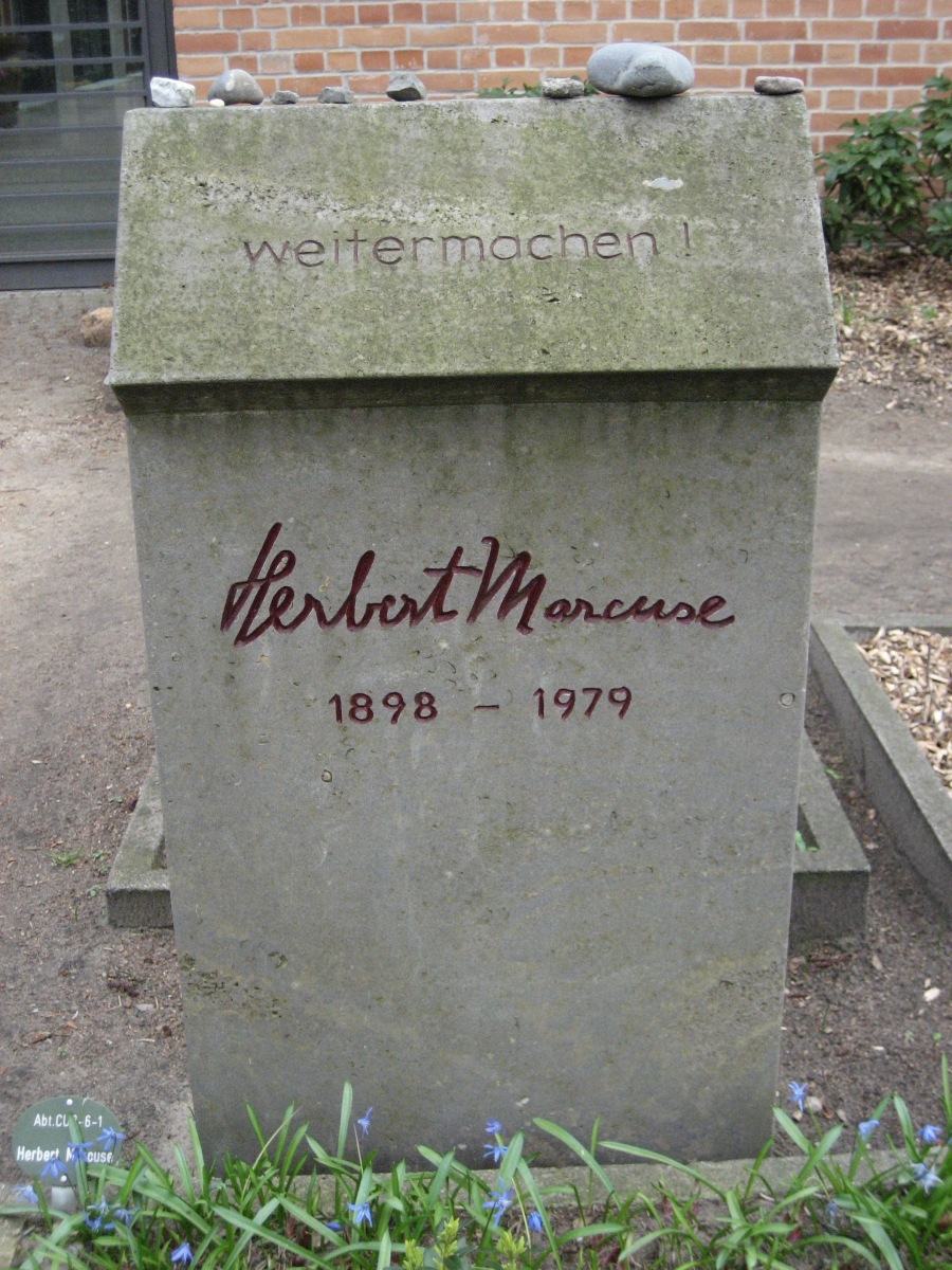 Marcuse's grave, Flickr